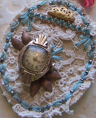 Brooches2