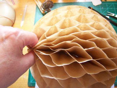 How to make honeycomb paper balls (37)