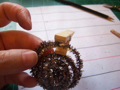 How to make honeycomb paper balls (51)
