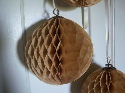 How to make honeycomb paper balls